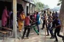 কেন্দ্র দখল,হামলা, ভোট প্রদানে বাঁধা দেওয়ার অভিযোগ নৌকা প্রার্থীর বিরুদ্ধে