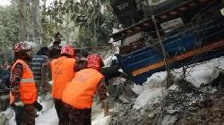 বান্দরবানে ট্রাকচাপায় শিশুসহ ৩ জন নিহত