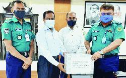 সিএমপি কমিশনারকে ৫০ হাজার মাস্ক প্রদান
